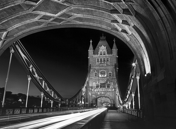 Tower Bridge London at Night  Canvas print by Darren Galpin