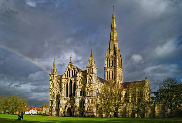Salisbury Cathedral with Rainbow                   Canvas print by Darren Galpin