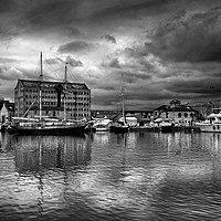 Buy canvas prints of Gloucester Docks                                by Darren Galpin