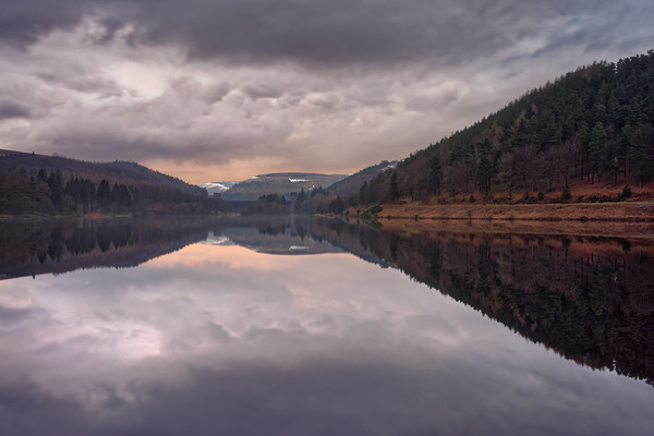 Derwent Reflections                               Canvas Print by Darren Galpin