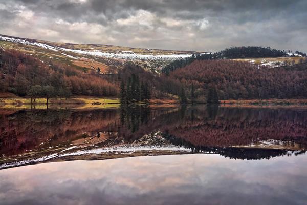 Derwent Winter Reflections                         Canvas print by Darren Galpin