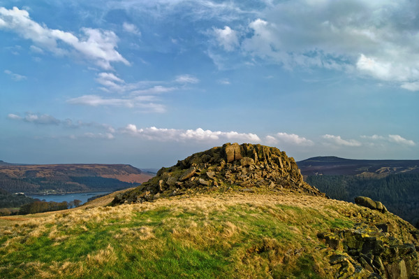 Crook Hill overlooking Ladybower                   Canvas print by Darren Galpin