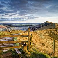 Buy canvas prints of Gateway Along The Great Ridge                      by Darren Galpin