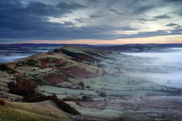 Hope Valley Inversion                             Canvas Print by Darren Galpin