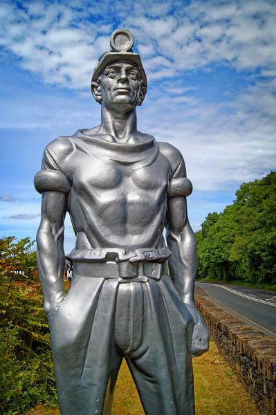 Man of Steel                                 Canvas Print by Darren Galpin