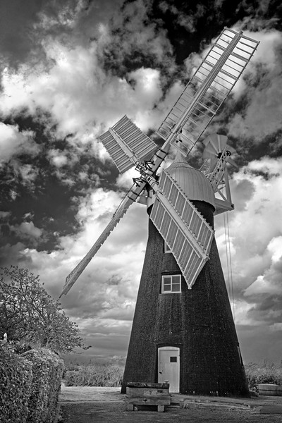 North Leverton Windmill                            Framed Mounted Print by Darren Galpin