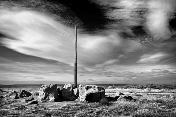 Stanage Pole, Peak District                        Canvas Print by Darren Galpin