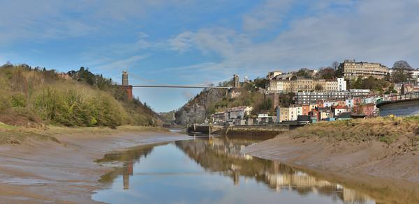 clifton suspension bridge Canvas Print by kevin murch