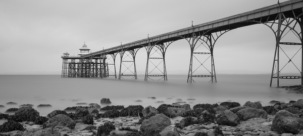 clevedon pier Canvas print by kevin murch