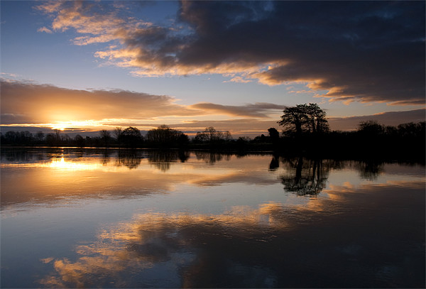 Colwick Sunrise Canvas print by Tracey Whitefoot