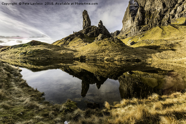 Old Man Of Storr Canvas Print by Pete Lawless