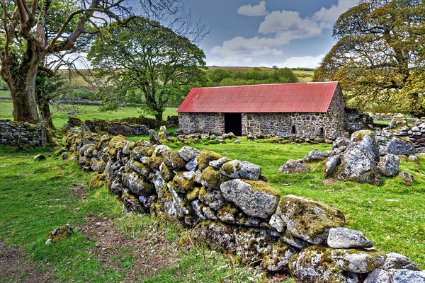 Emsworthy Barn Dartmoor Canvas print by austin APPLEBY