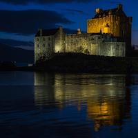 Buy canvas prints of  Eilean Donan By Night by Alex Millar